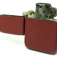 1943-45 Zippo WWII Original RED Crackle - Open